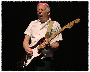 Robin Trower : ギターは顔で弾...