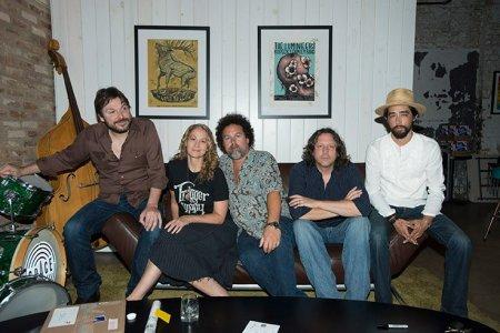 The current lineup of Trigger Hippy: (L-R) Tom Bukovac, Joan Osborne, Nick Govrik, Steve Gorman and Jackie Greene (photo by Paul Natkin)