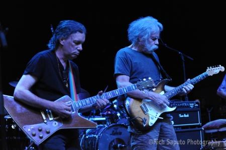 Steve Kimock and Bob Weir (photo by Rich Saputo)