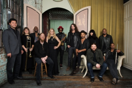 Tedeschi_Trucks_Band_Photo_Credit_Tedeschi_Trucks_Band_Band_General_Use_1