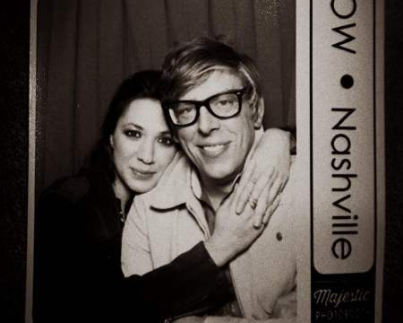 patrick-carney-michelle-branch-album-dating-couple